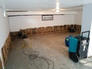 Water Damage Cleanup in Thousand Palms, CA (2286)